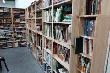 livres dans nos boutiques Voisinage